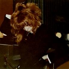 mylene-farmer-casino-parade-rtl-02-janvier-1989-120