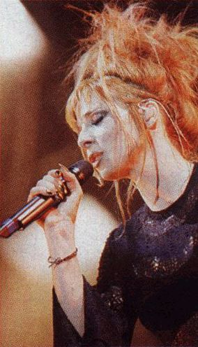 mylene-farmer-tour-1996-claude-gassian-502