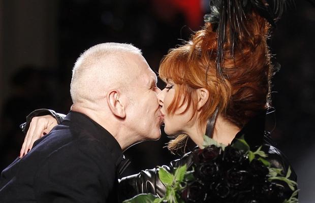 Jean-Paul Gaultier et Mylène Farmer - Défilé Jean-Paul Gaultier - 06 juillet 2011