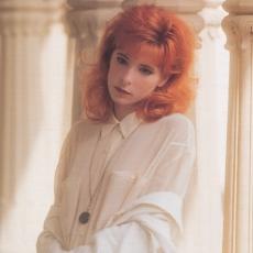 mylene-farmer-1989-marianne-rosenstiehl-inde-122n