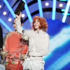 Mylène Farmer - NRJ Music Awards 2009 - 17 janvier 2009 - Award