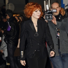 Mylène Farmer NRJ Music Awards 2011 Tapis Rouge
