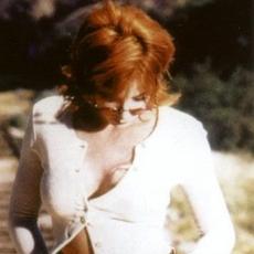 Mylène Farmer - Photographe Claude Gassian - 1995