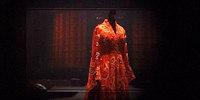 Mylène Farmer - Haute Couture Le Clip - Bonus vidéo Avant que l'ombre... à Bercy