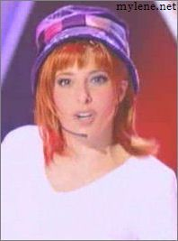 Mylène Farmer - Zidane Ela - France 2 - 19 mai 2002 - Capture