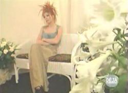Mylène Farmer - Déjà dimanche - France 2 - 09 juin 1996 - Capture