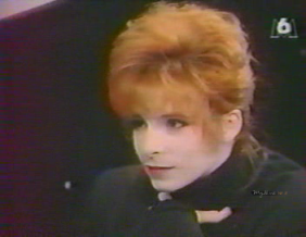Mylène Farmer - Fréquenstar - M6 - 22 mars 1989 - Capture