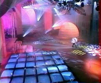 Mylène Farmer - Sacrée Soirée - TF1 - 22 mars 1989 - Capture