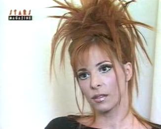 Mylène Farmer - Stars Magazine - RTL TVI - Décembre 1996- Capture