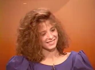 Mylène Farmer - La vie à plein temps - FR3 Midi Pyrénées - 10 septembre 1984 - Capture